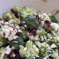 Best Baconless Broccoli Salad Recipe