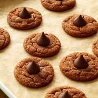 Chocolate-Hazelnut Smooches Recipe