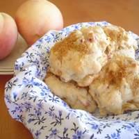 Cinnamony Peach Biscuits Recipe