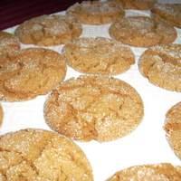 Crackle-Top Molasses Cookies Recipe