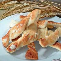 Crazy Good Garlic Breadsticks Recipe