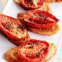 Crostini with Thyme-Roasted Tomatoes Recipe
