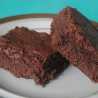 Gourmet Girl's Famous Decadent Rich and Gooey Saucepan Brownies Recipe