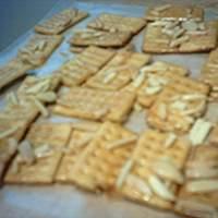Julie's Club Crackers & Almonds Recipe