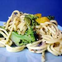 Linguini with Broccoli and Red Peppers Recipe