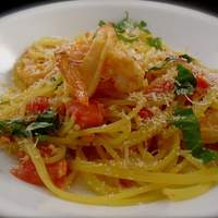 Linguini With Garlicky Shrimp and Fresh Tomatoes Recipe