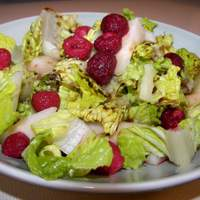 Mixed Greens With Pears and Raspberries Recipe
