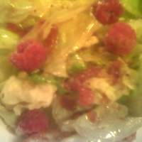 Mixed Greens with Raspberries and Walnuts Recipe