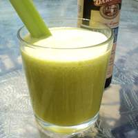 Pineapple, Ginger, Celery and Flax Juice (For the Juicer) Recipe