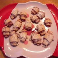 Raspberry Pastry Roll-Ups Recipe