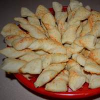 Soft Garlic Parmesan Breadsticks Recipe