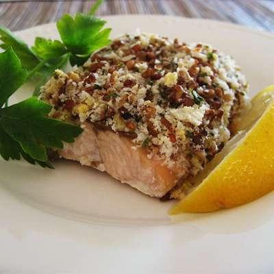 Alaska Salmon Bake with Pecan Crunch Coating - RecipeNode.com