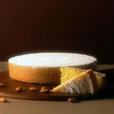 Almond Cake - RecipeNode.com