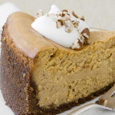 Almost-Famous Pumpkin Cheesecake - RecipeNode.com