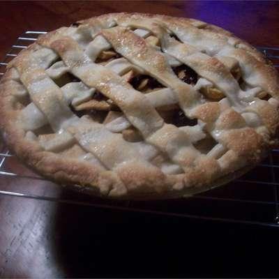 American Apple Pie - RecipeNode.com