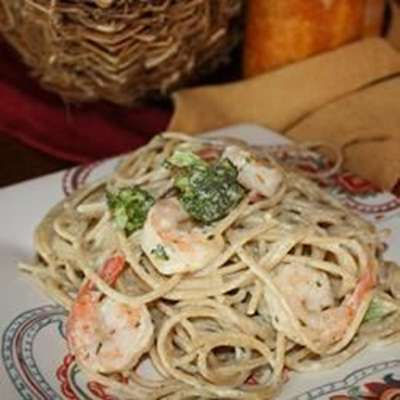 Angel Hair Pasta with Garlic Shrimp and Broccoli - RecipeNode.com