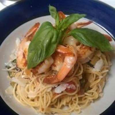 Angel Hair Pasta with Shrimp and Basil - RecipeNode.com
