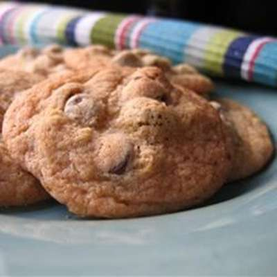 Anna's Chocolate Chip Cookies - RecipeNode.com