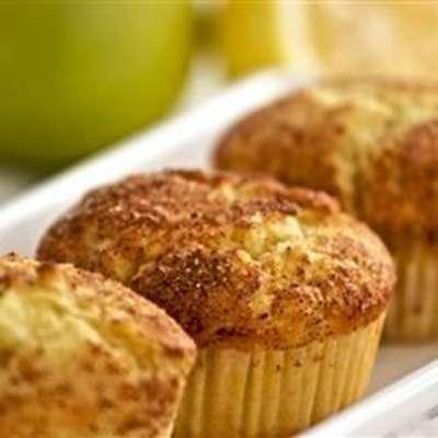 Apple Lemon with Cinnamon Muffins - RecipeNode.com