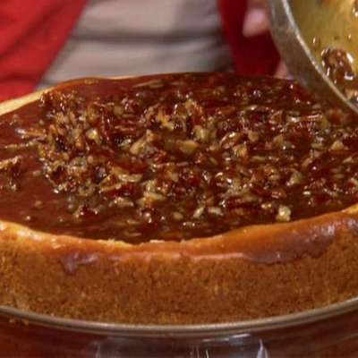 Aunt Peggy's Cheesecake with Praline Topping - RecipeNode.com