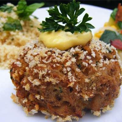 Baked Maryland Lump Crab Cakes - RecipeNode.com