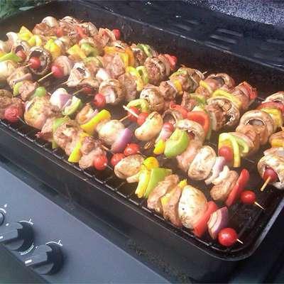 Best Ever Saucy Beef Kabobs - RecipeNode.com