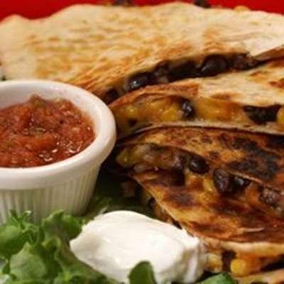 Black Bean and Corn Quesadillas - RecipeNode.com