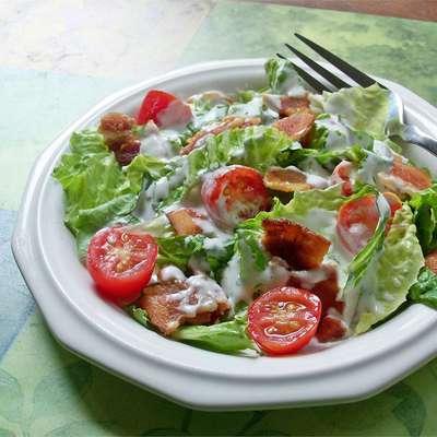 BLT Salad - RecipeNode.com
