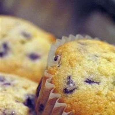 Blueberry Muffins I - RecipeNode.com