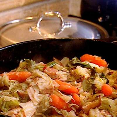 Braised Cabbage and Carrots - RecipeNode.com