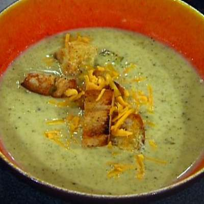 Broccoli and Cheese Soup with Croutons - RecipeNode.com