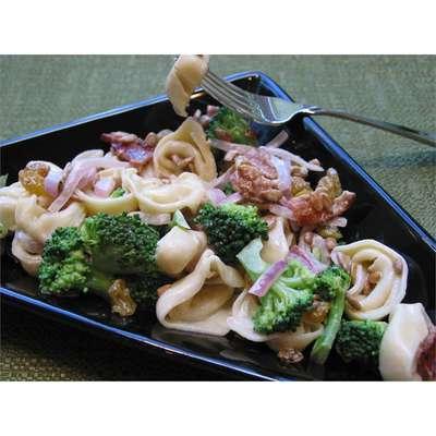 Broccoli and Tortellini Salad - RecipeNode.com