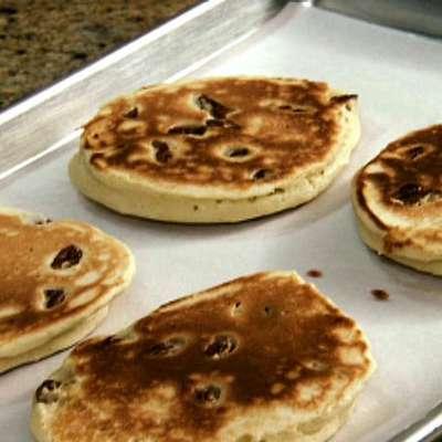 Buttermilk Pecan Pancakes with Mamma Callie's Syrup - RecipeNode.com