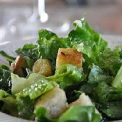 Caesar Salad I - RecipeNode.com