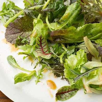 Cafe Green Salad - RecipeNode.com