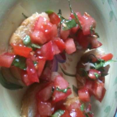 Caprese Salad Tomatoes (Italian Marinated Tomatoes) - RecipeNode.com