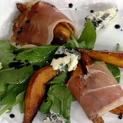 Caramalized Pears with Proscuitto and a Drizzle of Balsamic Syrup - RecipeNode.com