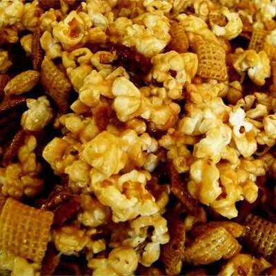 Caramel Corn Snack Mix - RecipeNode.com