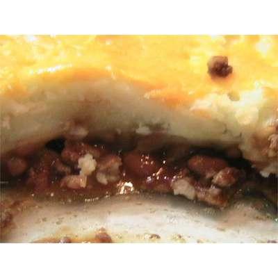Cheesy Beef and Bean Bake - RecipeNode.com