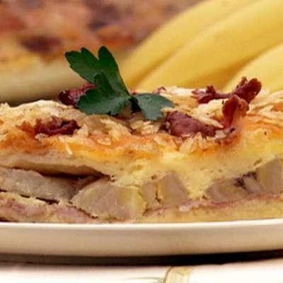 Cheesy Ham and Banana Casserole - RecipeNode.com
