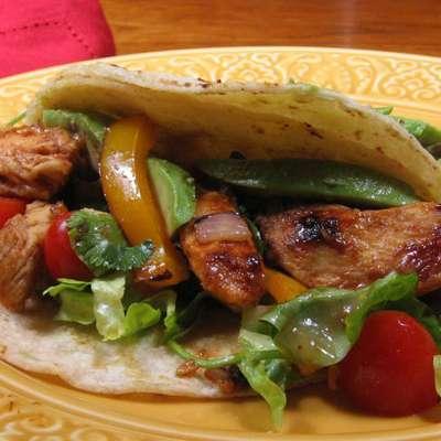 Chicken Fajitas - RecipeNode.com