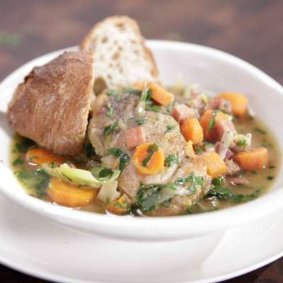 Chicken Stew with Carrots and Leeks - RecipeNode.com