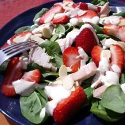 Chicken Strawberry Spinach Salad with Ginger-Lime Dressing - RecipeNode.com