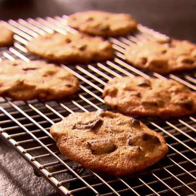 Chocolate Chunk Cookies - RecipeNode.com