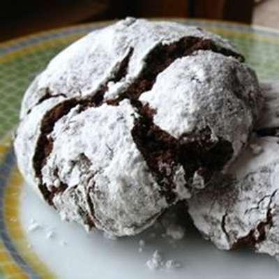 Chocolate Crinkles II - RecipeNode.com