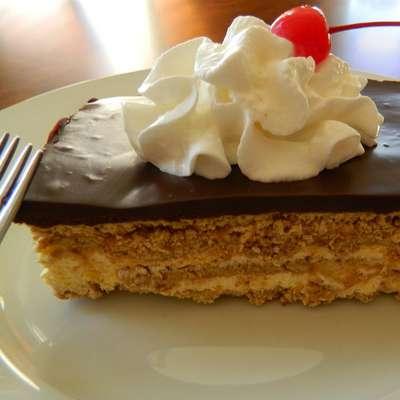 Chocolate Eclair - RecipeNode.com
