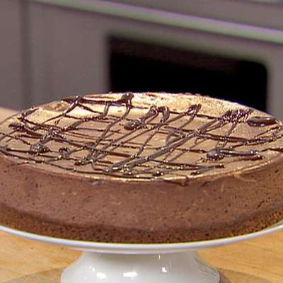 Chocolate Espresso Cheesecake with Ganache - RecipeNode.com