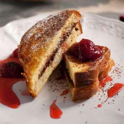 Chocolate Mascarpone Stuffed French Toast with Strawberry Syrup - RecipeNode.com