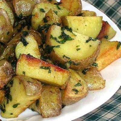 Cilantro and Garlic Potatoes - RecipeNode.com