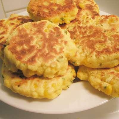 Corn Fritters With Scallions - RecipeNode.com